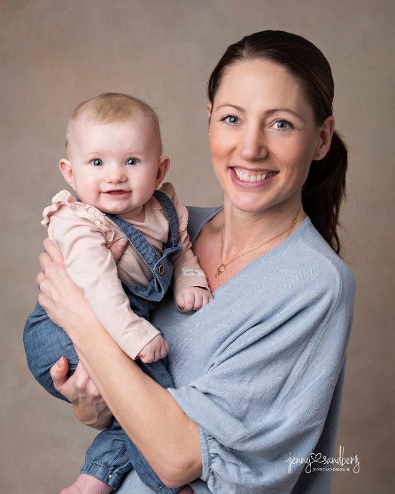 Babyfoto 6 månader är en drömålder, babyfotograf i Lomma nära lund malmö och helsingborg
